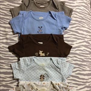 Carter's Dog Themed Onesies Set of 5 Sz 12 mths